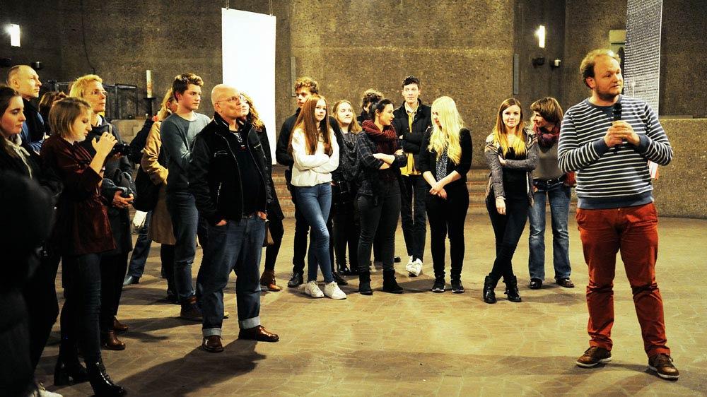 """Das Unsagbare sagen"""" - Vernissage der Ausstellung mit Arbeiten zum Bilderverbot der G13-1 in Sankt Gertrud"""