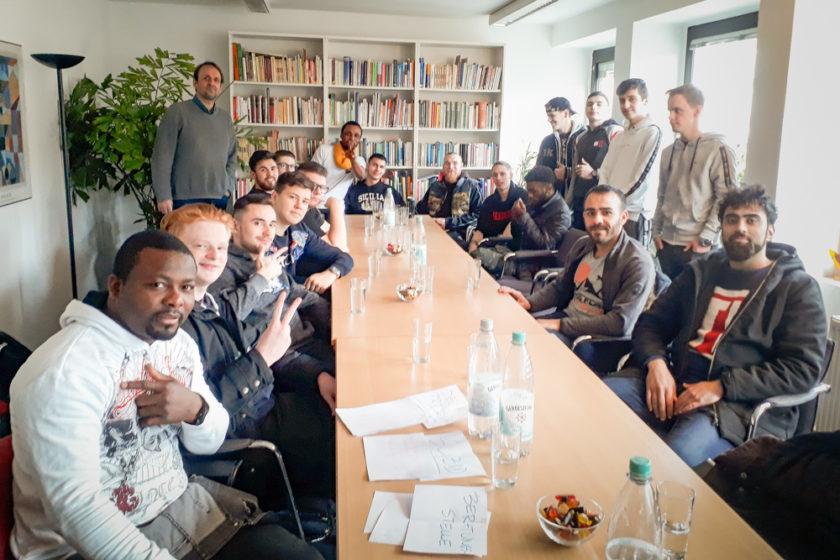 Am 15. Januar 2020 besuchten Maler*innen und Lackierer*innen des ersten Ausbildungsjahres die Evangelische Beratungsstelle Köln.
